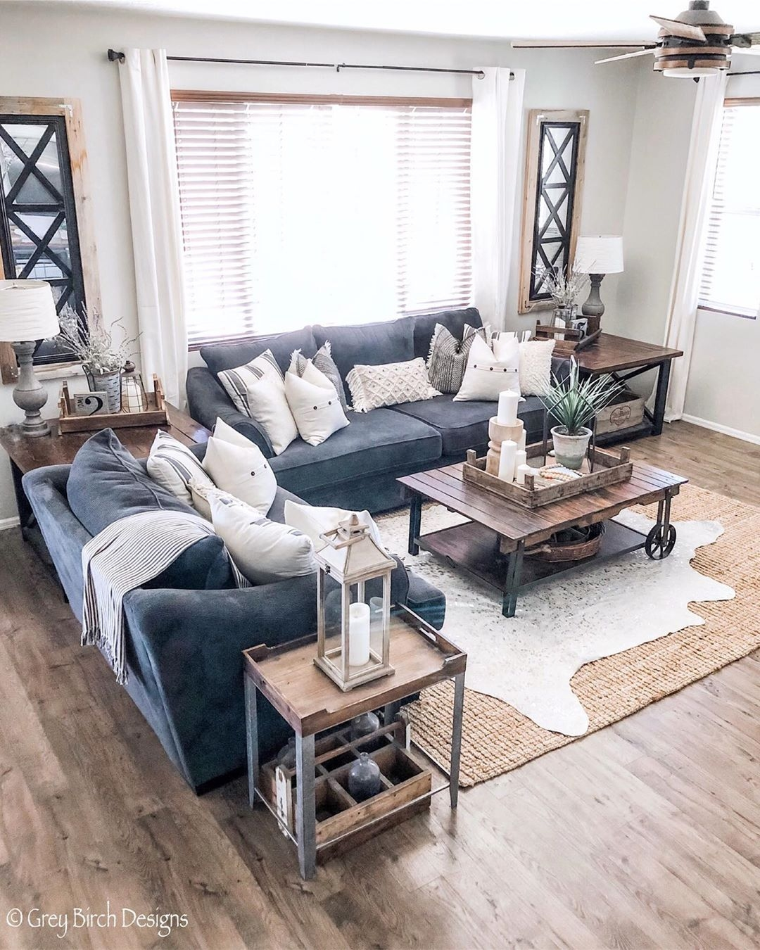 Every well dressed home like greybirchdesigns needs a cowhide rug with metallic, a extra modern to your space and provide the warmth to your decor
